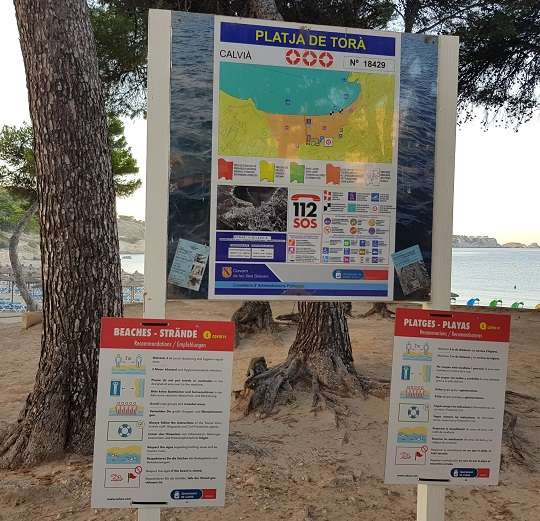 Informationsschild-am-Playa-Tora-Paguera