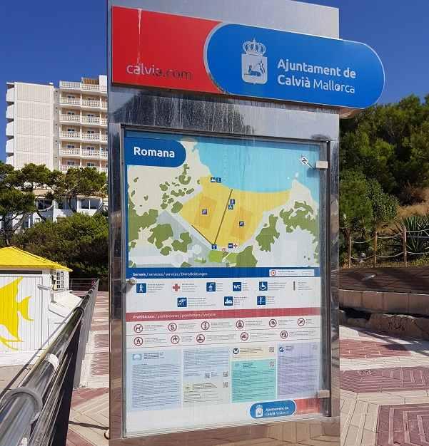 Informationsschild-des-Playa-La-Romana