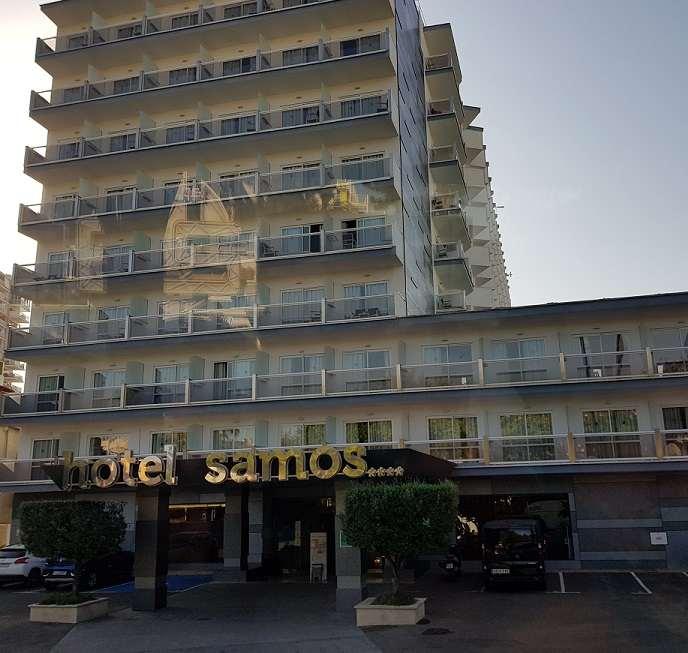eingang-und-balkone-vom-magaluf-hotel-samos-4-sterne