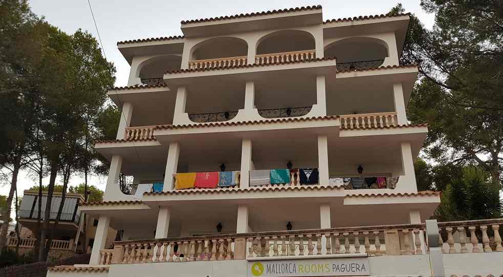 hotel-mallorca-rooms-paguera-Vorderansicht-Balkone