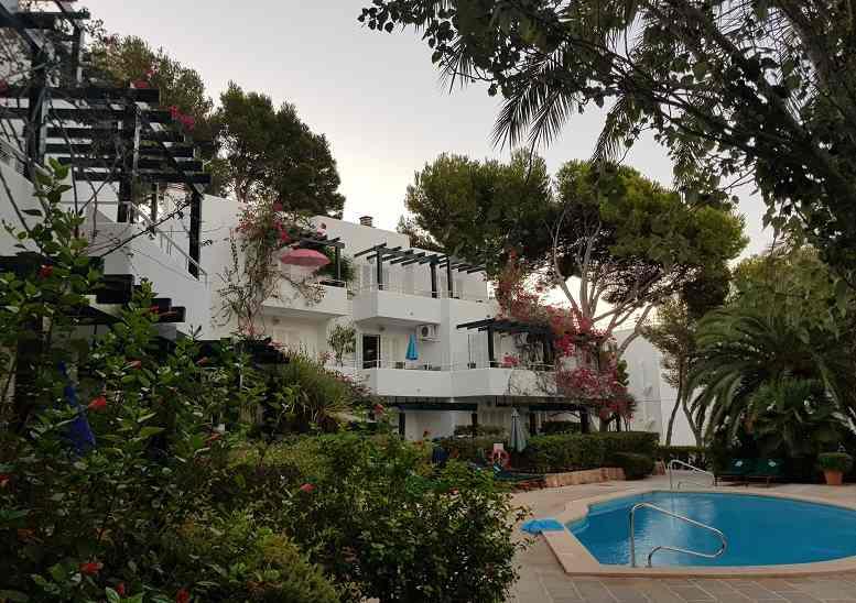 Apartments-und-pool-im-los-tilos-2-paguera