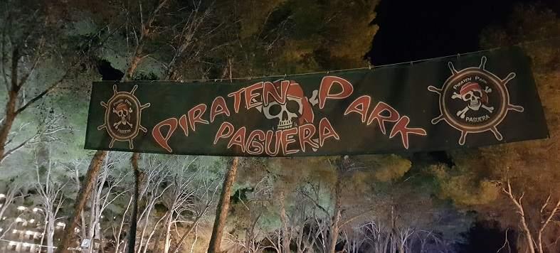 Piraten-Park-Paguera-Banner-schwarz-rot